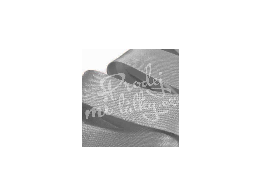 2112 Šikmý proužek saténový šíře 20 mm zažehlený Stříbrná, šedá