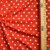 713 Bílé puntíky 0,7cm na červené 2