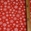 1170 Teplákovina Stříbrné vločky na červené 2