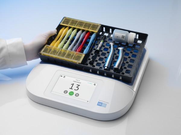 Společnost LM Dental vyvinula jedinečný systém sledování pohybu nástrojů a materiálu