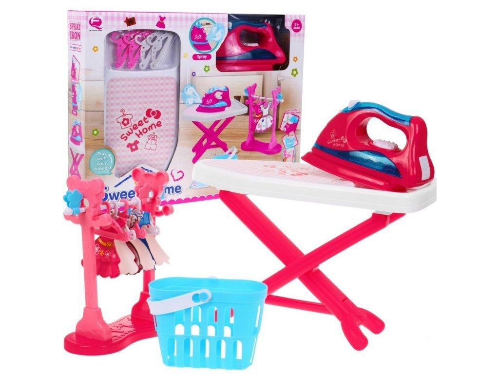Majlo Toys dětské žehlící prkno s žehličkou a párou Sweet Home