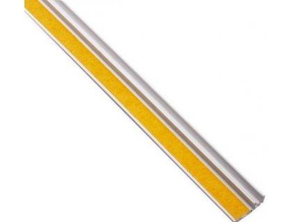 Začišťující okenní lišta APU 15 mm profil k oknu 2,4m
