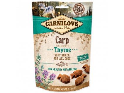 CARNILOVE Dog Semi Moist Snack Carp enriched with Thyme (200g)  Lahodný poloměkký kapří pamlsek s tymiánem pro zdravý metabolismus vhodný pro všechny psy.Bez obilovin, bez přidaného cukru