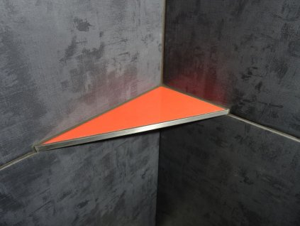 Asymetrická oranžová