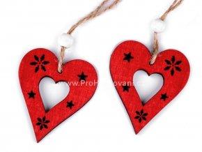 Dekorace, dřevěné srdce  5 x 6 cm červené