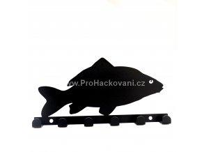 Kovový věšák černý - ryba kapr