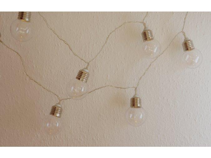 světelný řetěz žárovky
