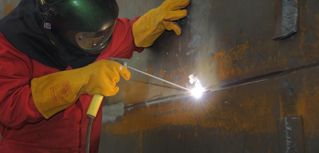 Sváření elektrodou MMA při použití trafosvářečky nebo svářecího invertoru