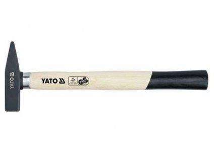 Kladivo zámečnické 2000 g objímka Yato YT-4510