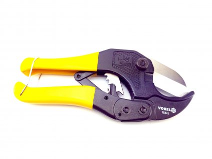 Kleště na stříhání PVC trubek max. pr.42mm
