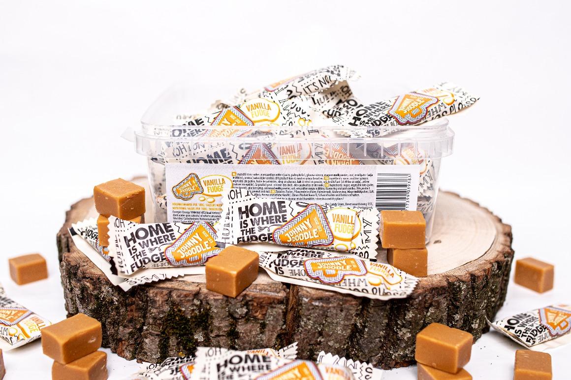 Pořádní mlsouni žádají pořádná balení. A kilo krémových karamelek s příchutí vanilky je už slušná nálož do každé mlsouní rodiny.