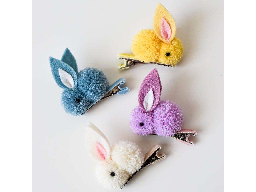 Roztomilá sponka ve tvaru králíčka v několika barvách.