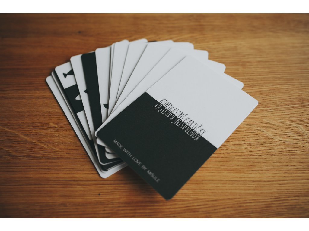 Kontrastní kartičky