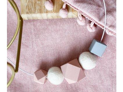 Dřevěný náhrdelník - Pastel na obruči