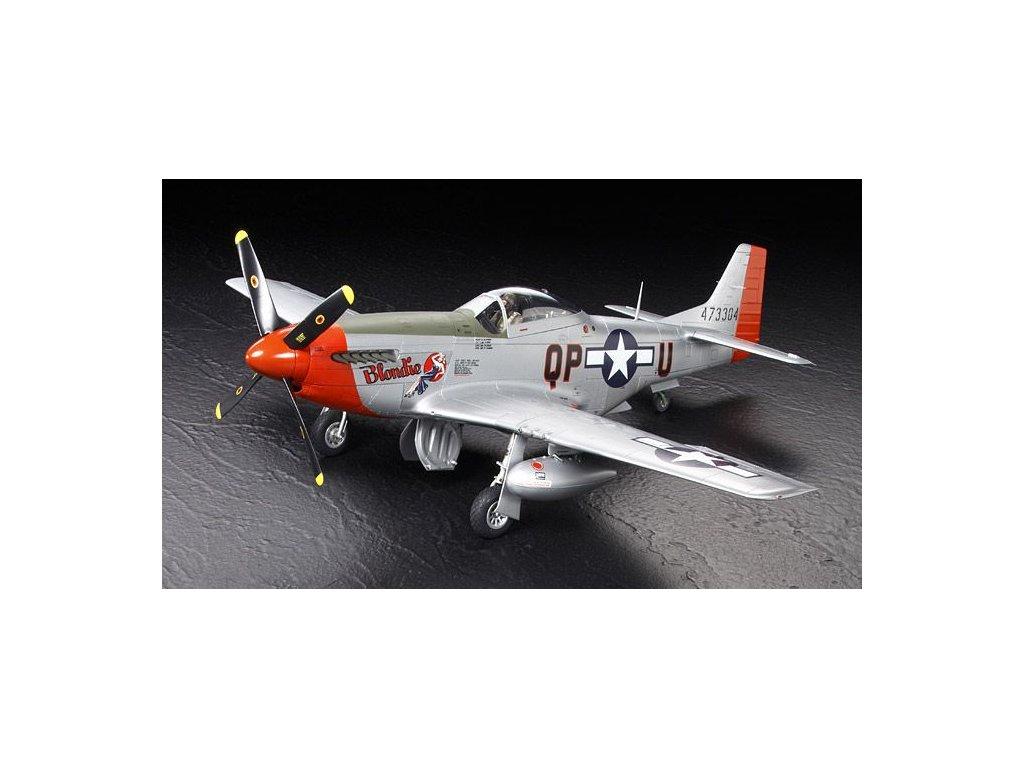 North American P-51D Mustang 1:32