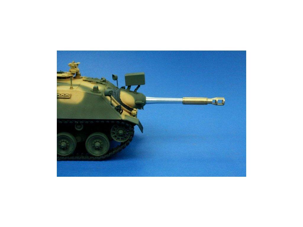 """90mm L/40,4 (""""KaJaPa"""", Germany Kanonenjagdpanzer) 1:35"""