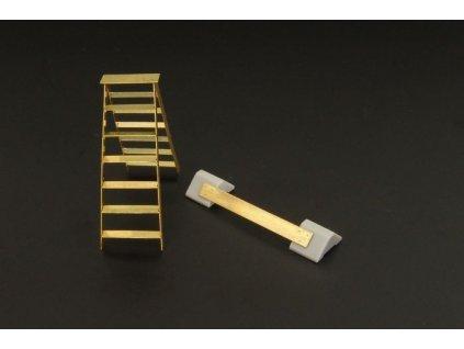British wheel chock & ladder (PE+resin) 1:72