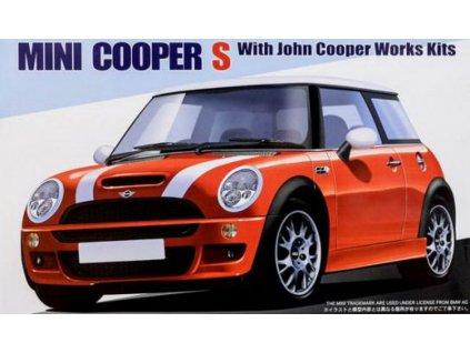 Mini Cooper S with John Cooper Works Kits 1:24