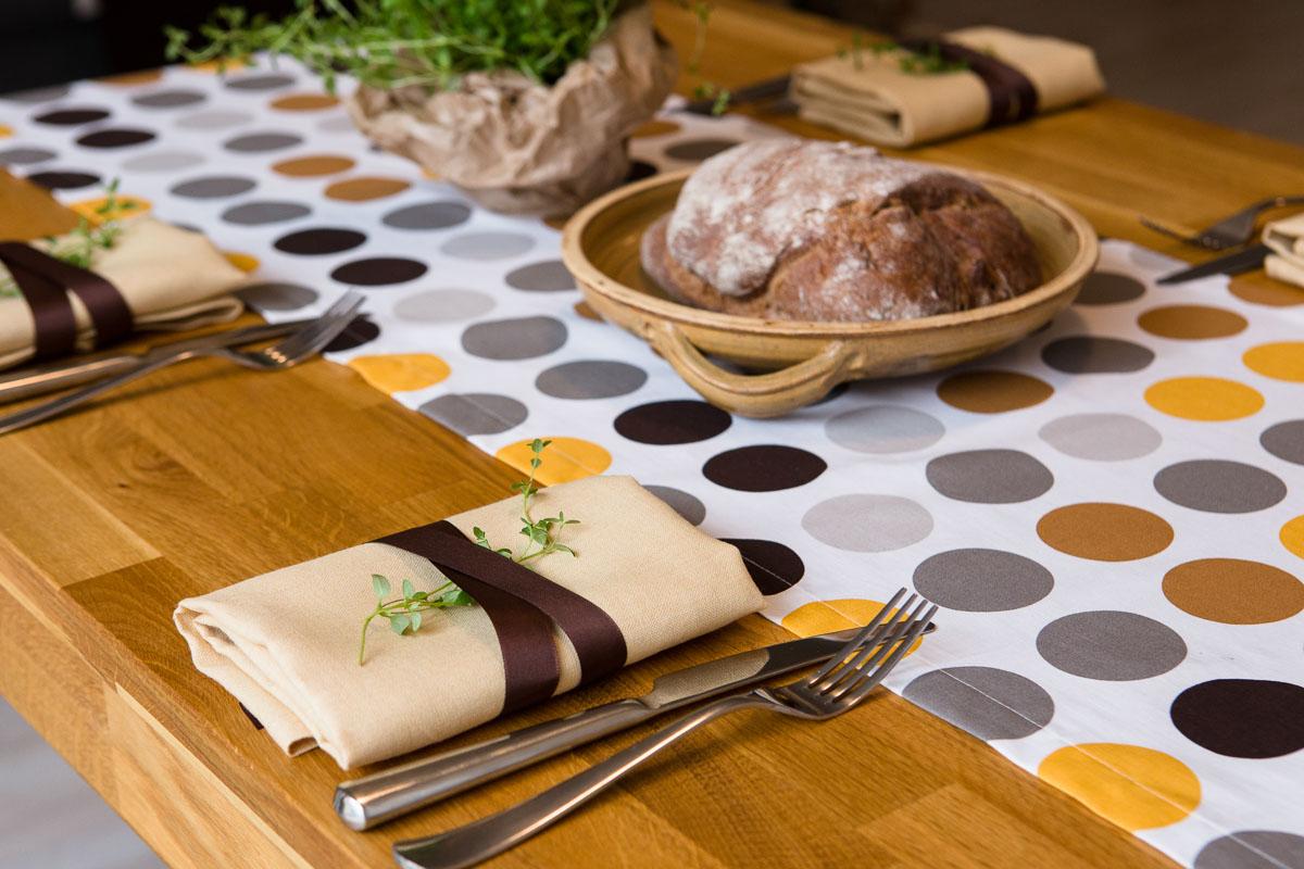 Jak jsme se rozhodli obnovit tradici stolování v Čechách…