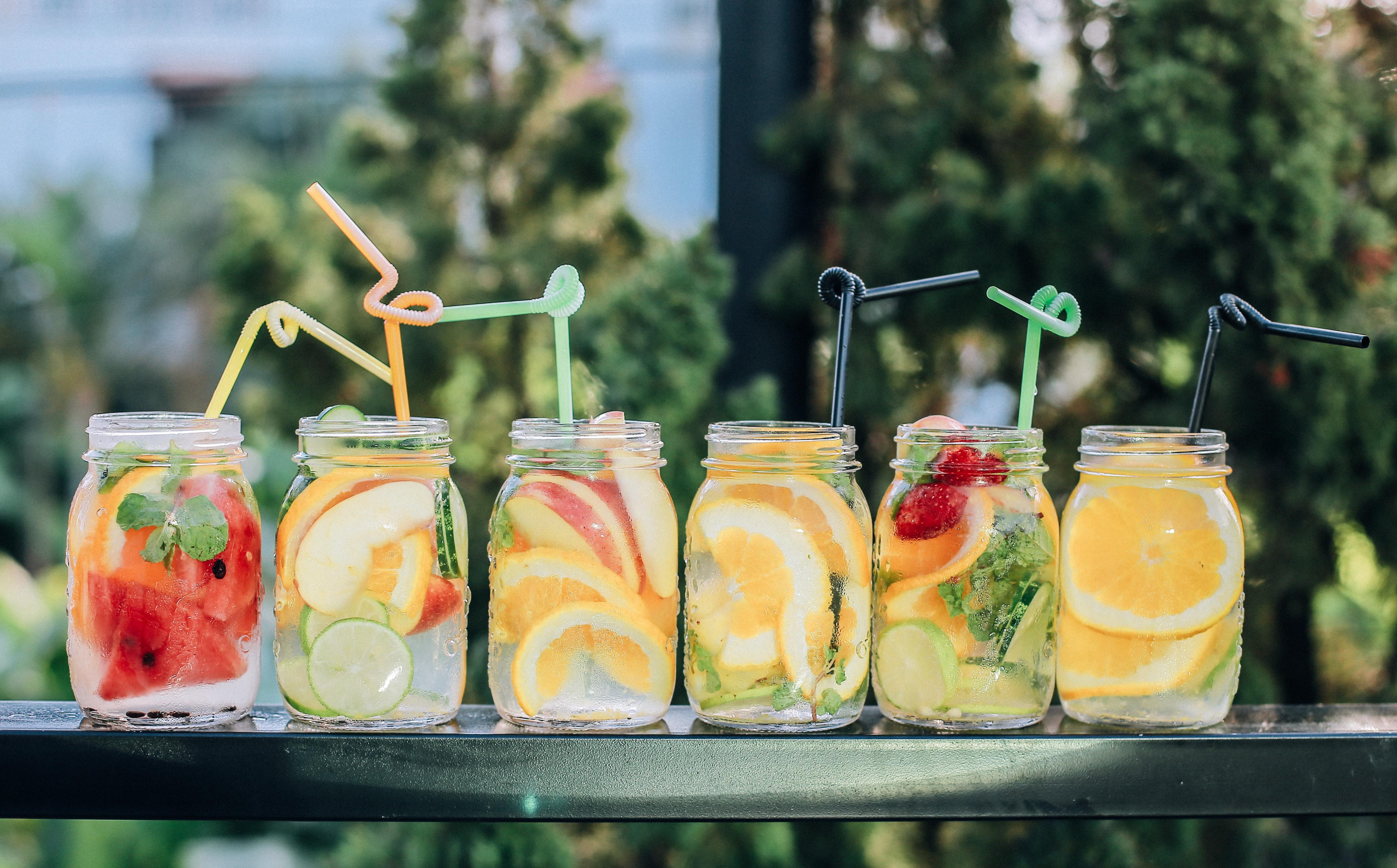 Léto zdravě a chutně III: Tipy na jedinečné nápoje plné lahodné chuti