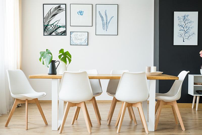 Vybavte svoju kuchyňu dizajnovými stoličkami: Ako ich vybrať?