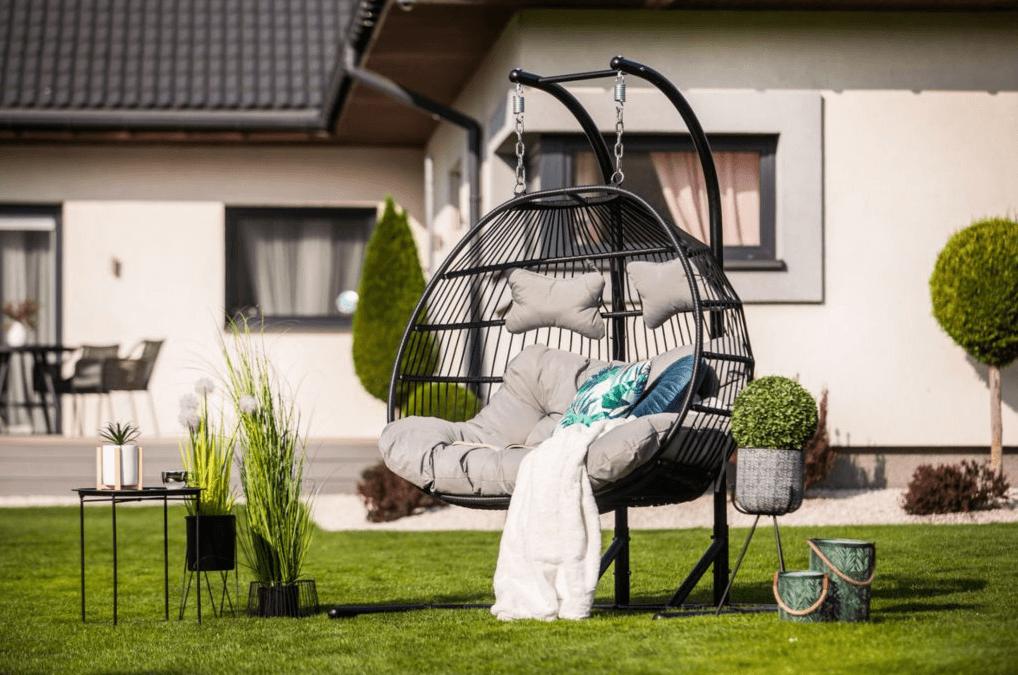 hojdacie-kreslo-na-záhradu-proxima-store