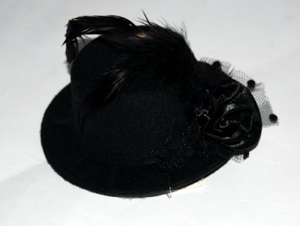 klobouk s perim