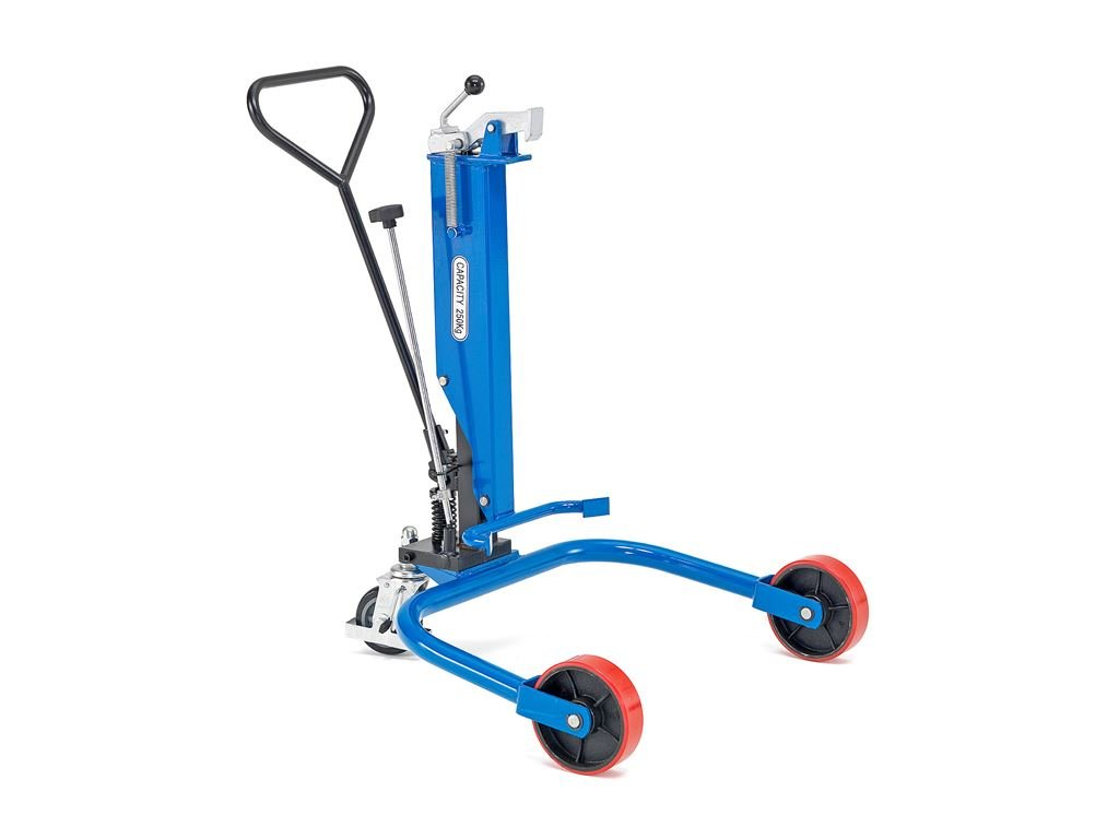 vozik-pro-prepravu-sudu--vybaveny-hydraulickym-cerpadlem-castex