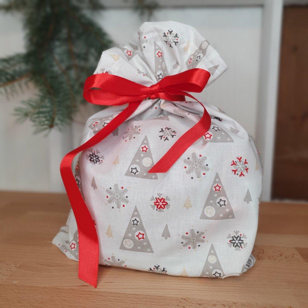 """Vánoční """"balící"""" pytlík stromky na bílé"""