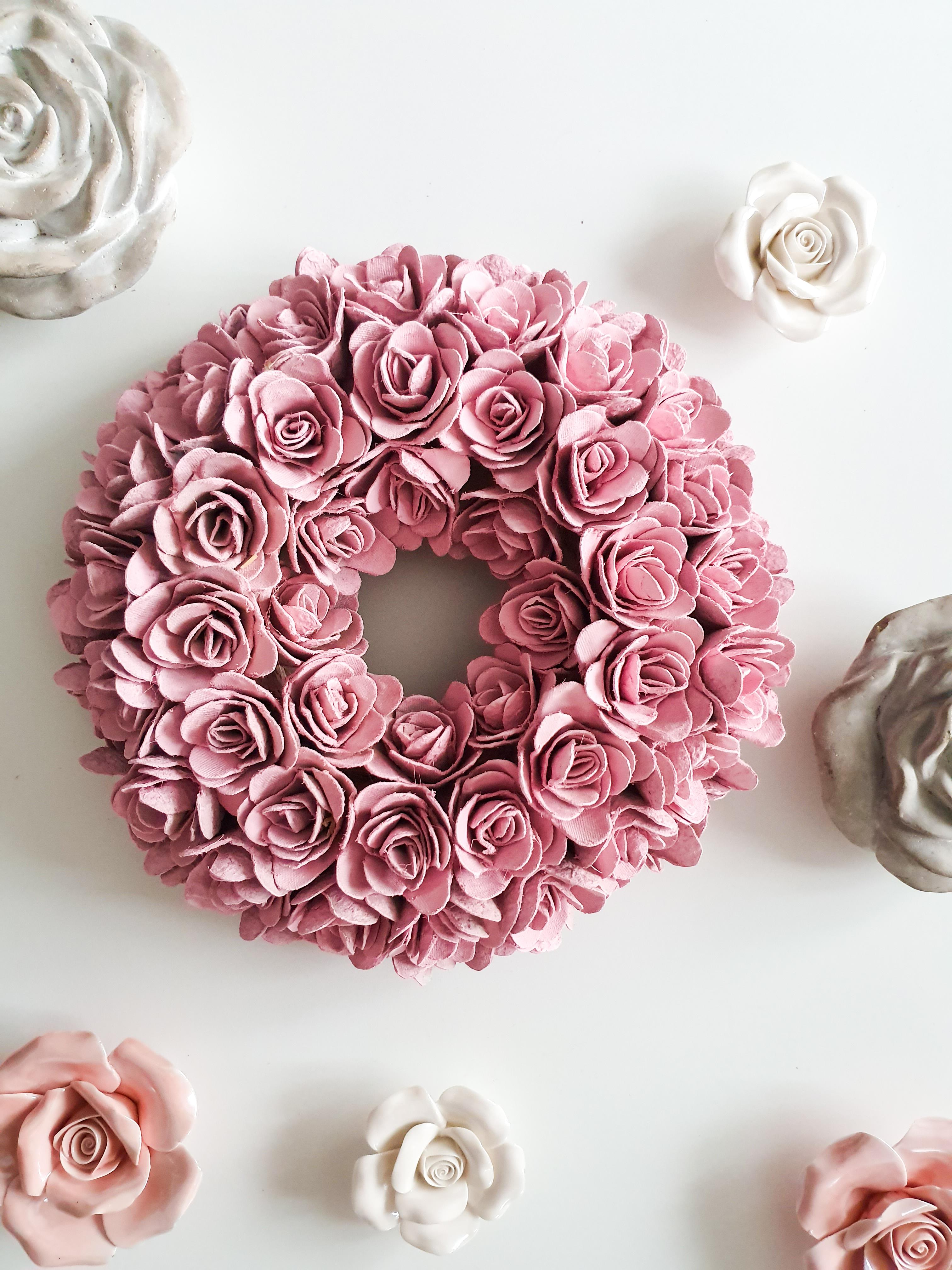 Návod na jarní věnec z růží
