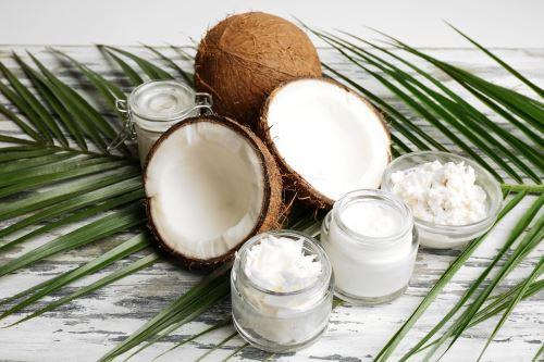 10 a více způsobů využití kokosového oleje