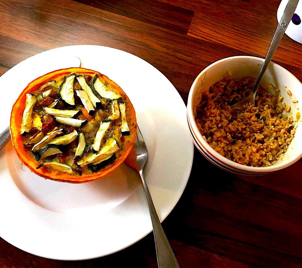 """Zapečená dýně s uzeným tempehem + rýže """"nasladko"""""""