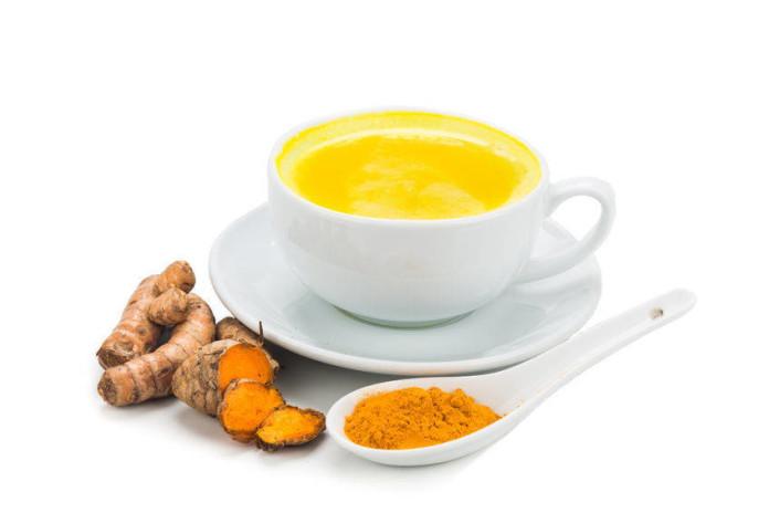 Zlatý nápoj, který detoxikuje játra, zvyšuje imunitu a likviduje záněty