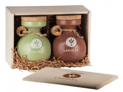 Dřevěný dárkový box s BIO extra panenským olivovým olejem Koroneiki a BIO hroznovým octem s bergamotem 400ml Ladolea