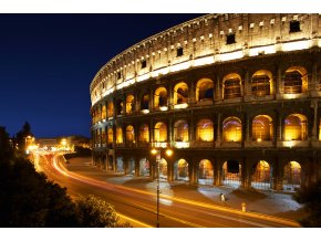 Řím - Colosseum v noci