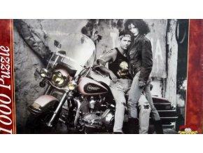 Růžový Harley Davidson