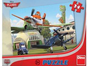 Walt Disney: Letadla u hangáru