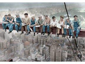 Snídaně v New Yorku (Dělníci na traverze nebo Čas oběda)