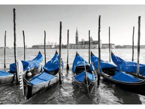 Gondoly v Benátkách - Černobílé