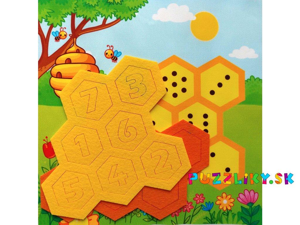 """Doplňovačka """"Včielka/Včelka"""" s aktivitou - bavlnený panel s plsteným výrezom"""