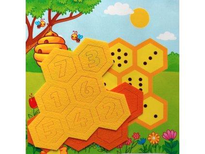 "Doplňovačka ""Včielka"" s aktivitou - bavlnený panel s plsteným výrezom"