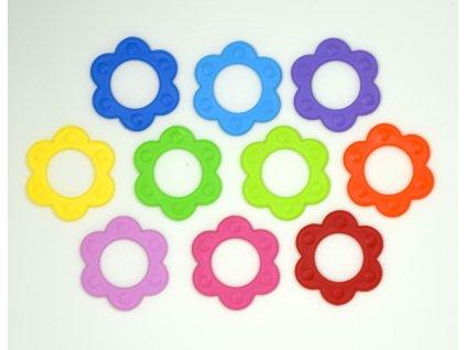 Plastové kvietočky