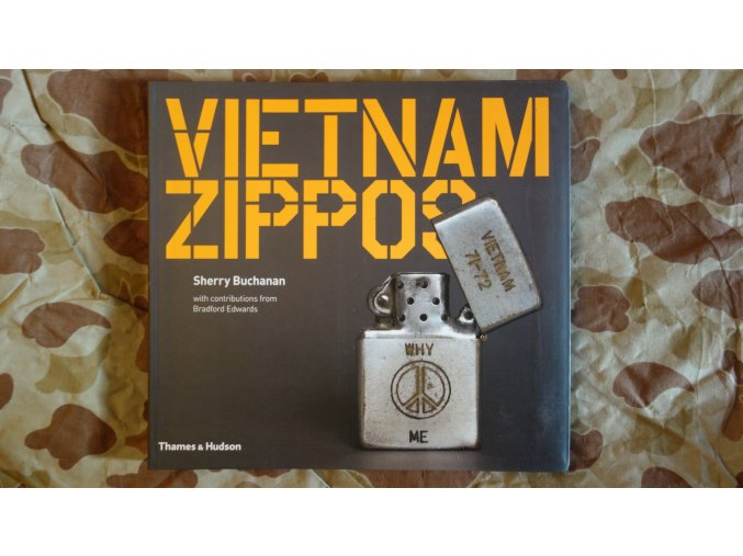 1383 kniha vietnam zippos