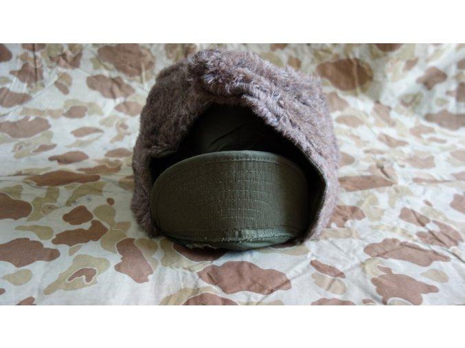 Zimní čepice vel. 7