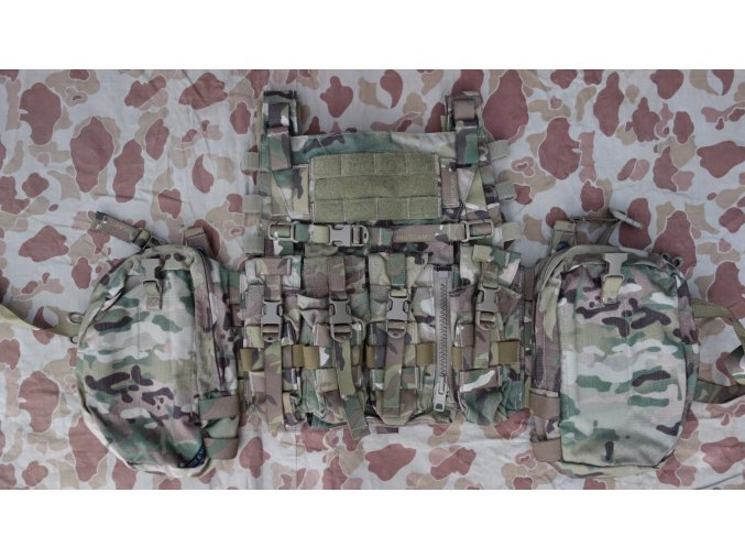 AVS Detachable Chest Rig s AVS Padded Yoke