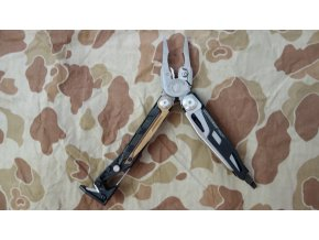 Multitool Leatherman Mut