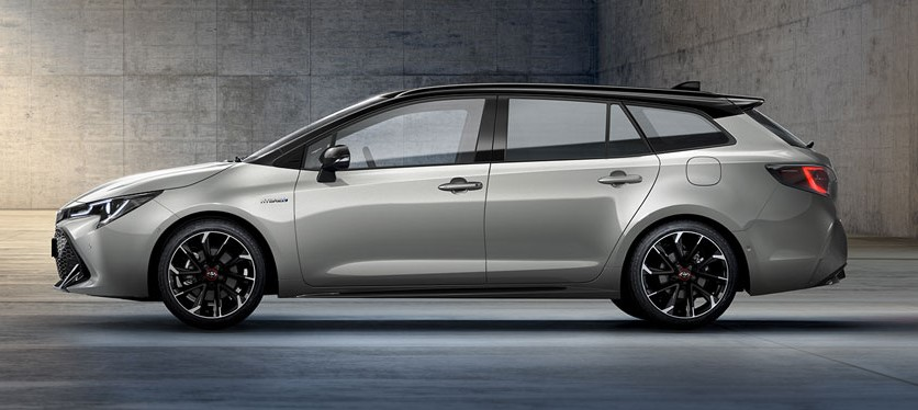 toyota-corolla-touring-sports-2019-gr-sport_dynamic