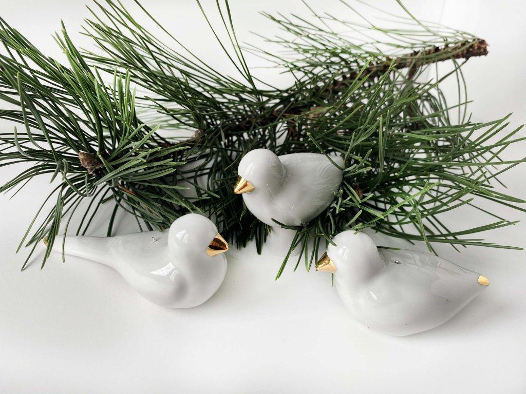 Vánoční dekorace z porcelánu