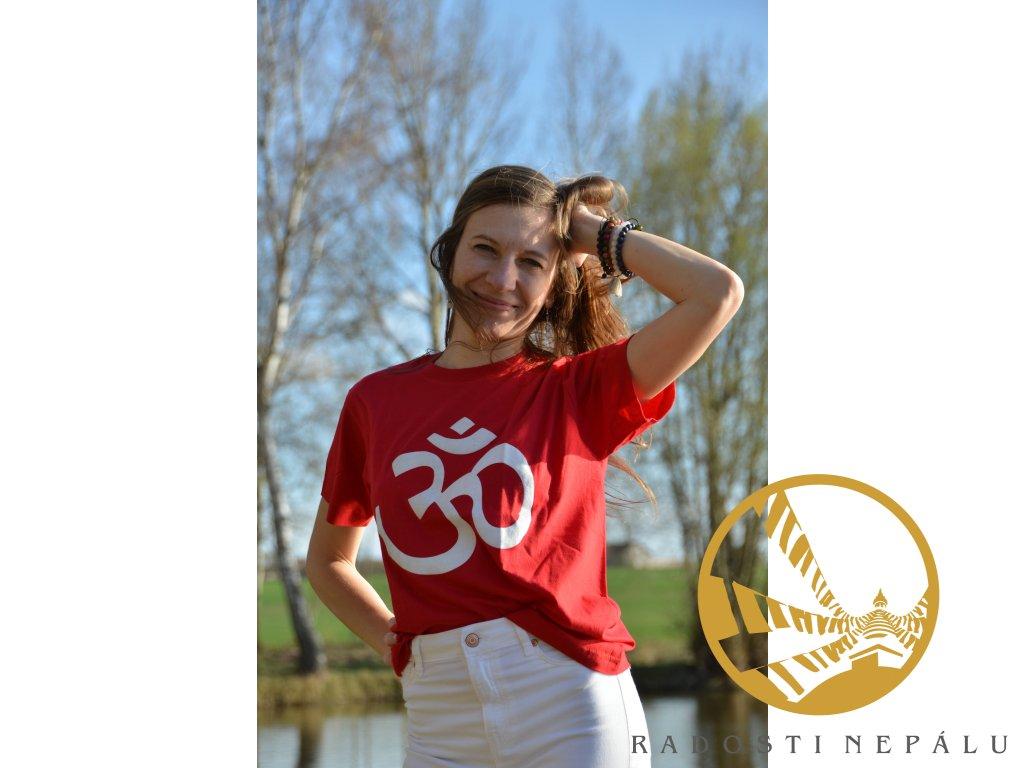 Tričko červené s bílým potiskem Om