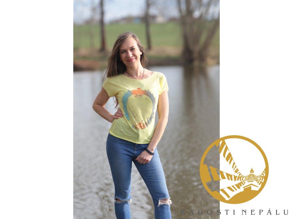 Tričko žluté s potiskem stromu